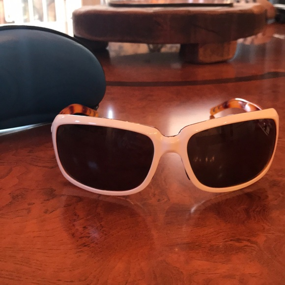 f3ee23f68b5b costa del mar Accessories - Costa Del Mar Sunglasses    Polarized!